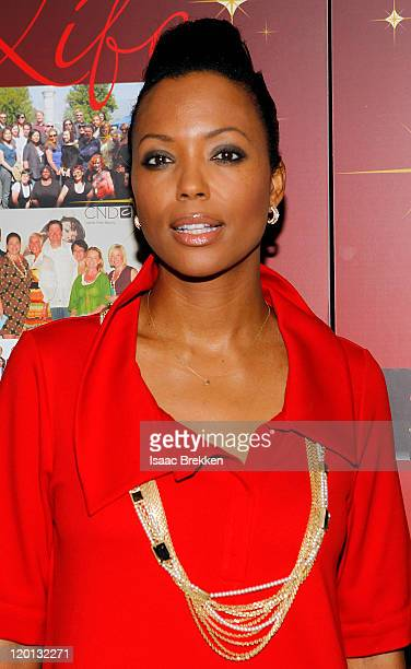 Aisha Taylor arrives at the City of Hope Spirit of Life dinner and gala honoring Sara Jones Senior Vice President and General Manager of JOICO at...