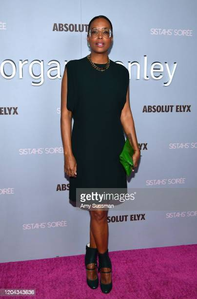 Aisha Tyler attends Alfre Woodard's 11th Annual Sistahs' Soirée Presented by Morgan Stanley With Absolut Elyx on February 05 2020 in Los Angeles...