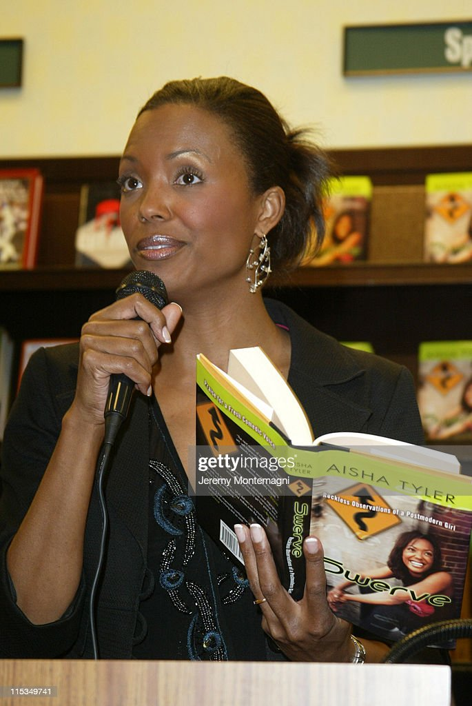 Bookstore Appearance By Aisha Tyler Photos And Images Getty Images