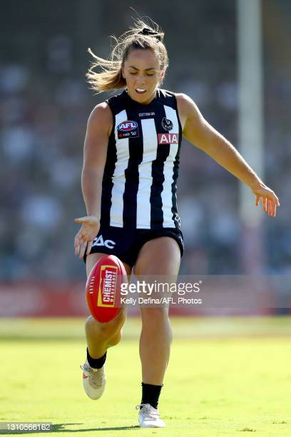 Aishling Sheridan of the Magpies kicks the ball during the AFLW Finals Series match between the Collingwood Magpies and the North Melbourne Kangaroos...