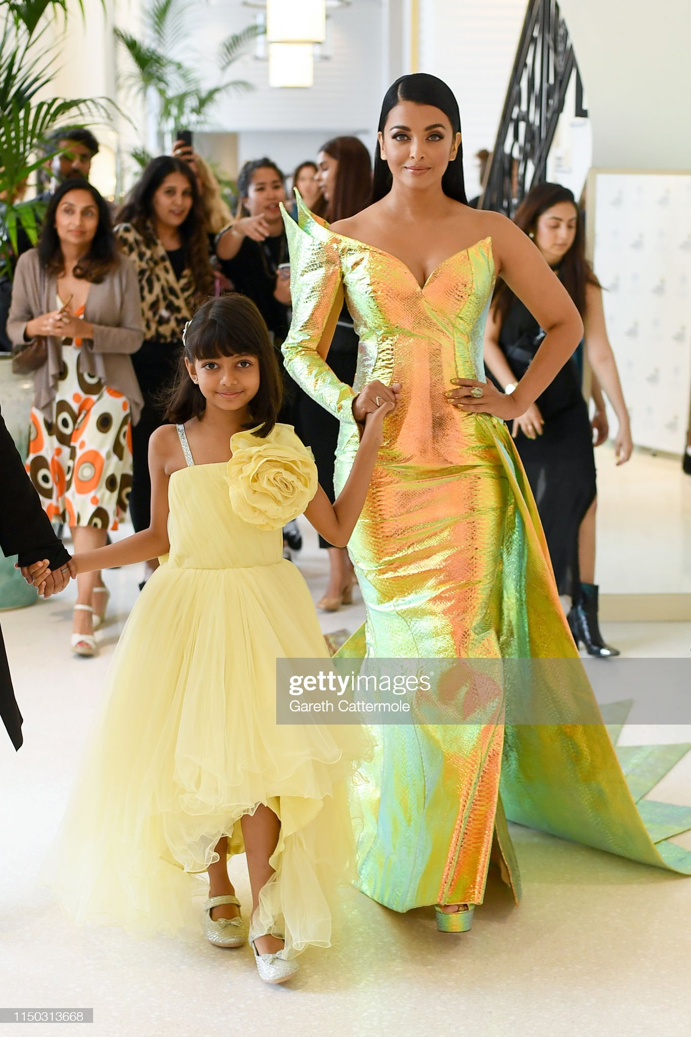 https://media.gettyimages.com/photos/aishwarya-rai-and-her-daughter-aaradhya-during-the-72nd-annual-cannes-picture-id1150313668?s=2048x2048