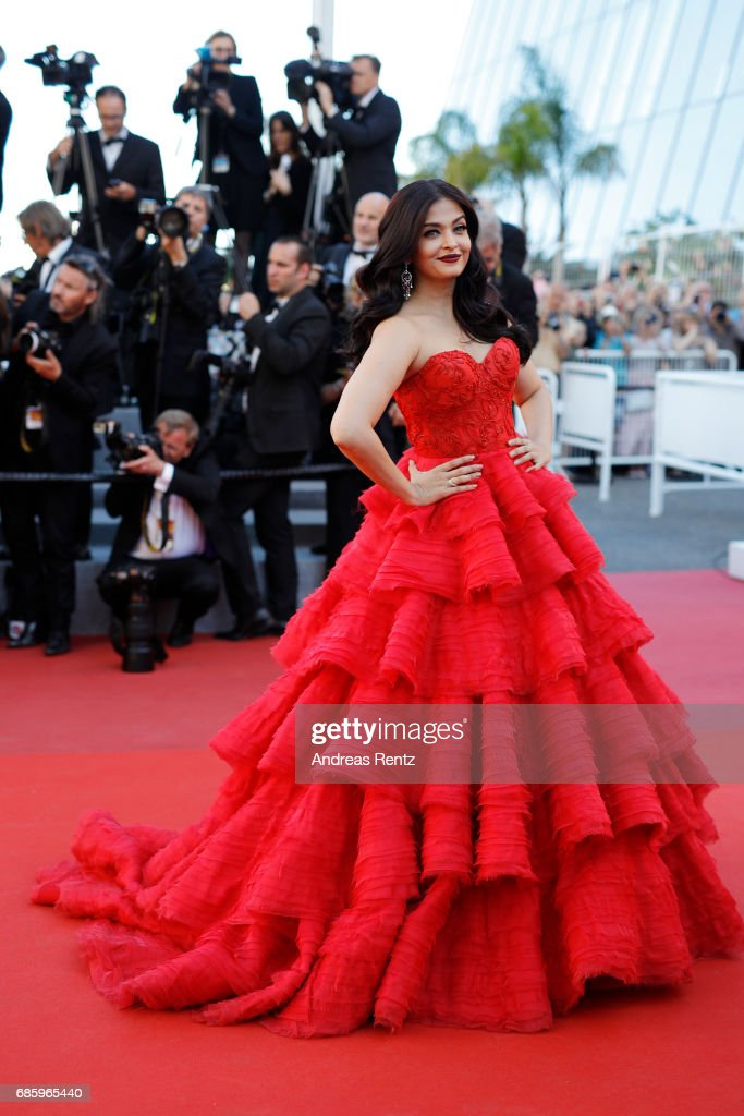 """120 Beats Per Minute (120 Battements Par Minute)"" Red Carpet Arrivals - The 70th Annual Cannes Film Festival : News Photo"