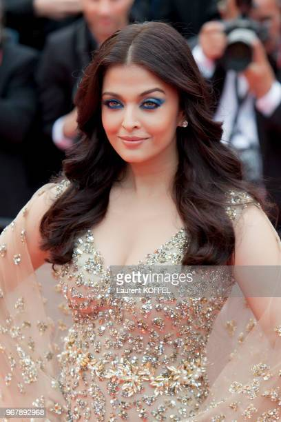 Aishwarya Rai attends the 'Slack Bay ' premiere during the 69th annual Cannes Film Festival at the Palais des Festivals on May 13 2016 in Cannes...