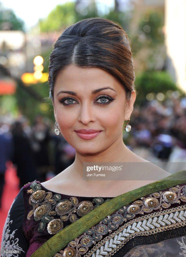 Aishwarya Rai Bachchan arrives at the London premiere of 'Raavan' at BFI Southbank on June 16, 2010 in London, England.