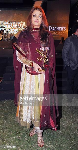 Aishwarya Rai Bachchan at the Teacher's Achievement awards in Mumbai on November 21 2010