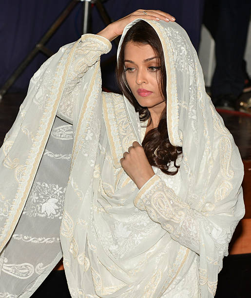 Aishwarya Rai Bachchan pay tribute to Sarabjit Singh on the 3rd Anniversary of his death in Mumbai