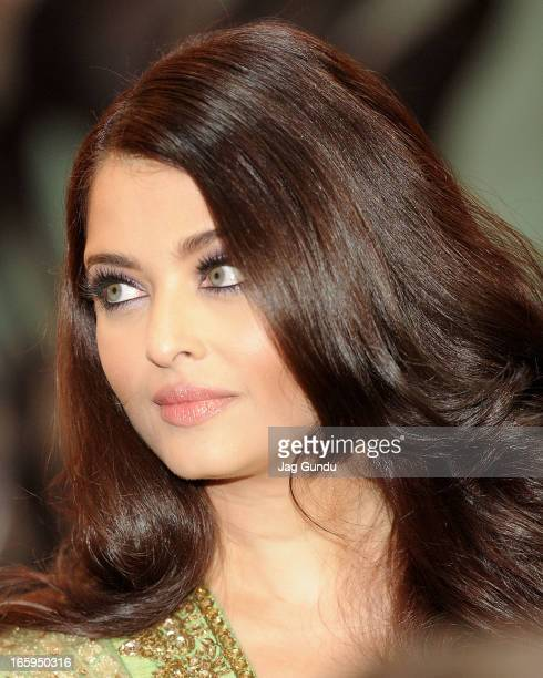 Aishwarya Rai Bachchan walks the red carpet at The Times Of India Film Awards on April 6 2013 in Vancouver Canada
