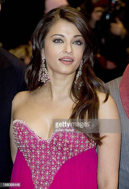 Aishwarya Rai Bachchani Attends The Premiere Of The Film ' The Pink Panther 2 ' As Part Of The 59Th Berlin Film Festival In Berlin Germany