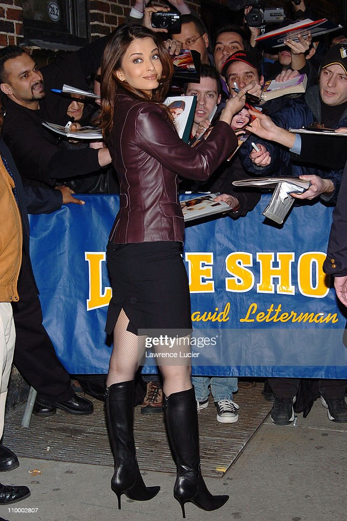 Aishwarya Rai during Kevin James and Aishwarya Rai Appear Outside The Late Show with David Letterman February 8 2005 at Ed Sullivan Theater in New...
