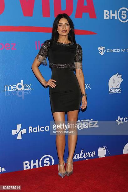 Aislinn Derbez attends the 'Que Pena Tu Vida' Mexico City Premiere at Cinepolis Oasis Coyoacan on November 29 2016 in Mexico City Mexico