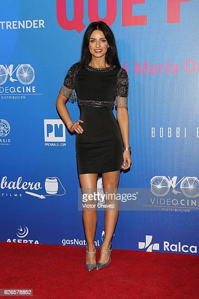 Aislinn Derbez attends the 'Que Pena Tu Vida' Mexico City Premiere at Cinepolis Oasis Coyoacan on November 29 2016 in Mexico City Mexico