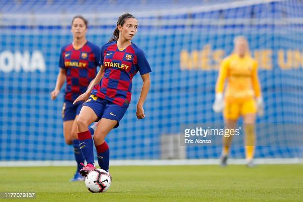 Aitana Bonmati of FC Barcelona controls the ball during the Women'S UEFA Champions League 1/16 second leg match between Barcelona and Juventus Turin...