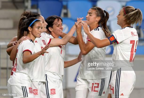 Aitana Bonmati of Spain, Esther Gonzalez of Spain, Marta Corredera Rueda of Spain, Patricia Guijarro of Spain and Alexia Putellas of Spain celebrate...