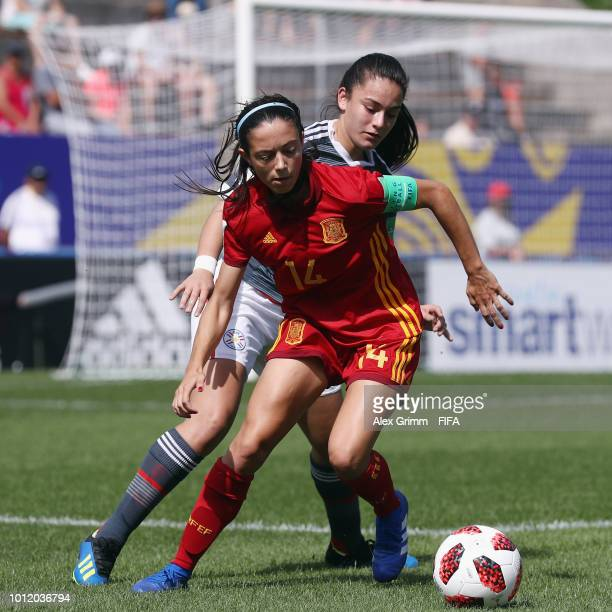 Aitana Bonmati of Spain is challenged by Maria Vecca of Paraguay during the FIFA U20 Women's World Cup France 2018 group C match between Paraguay and...