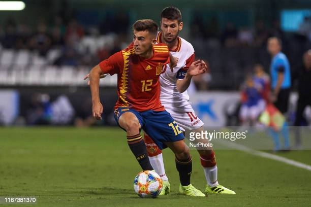 Aitor Bunuel of Spain under 21 and Vukotic of Montenegro under 21 during the UEFA Euro Qualifier match between Spain and Montenegro on September 10...