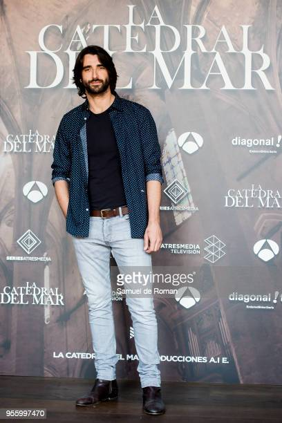 Aitor Luna attends during 'La Catedral del Mar' Madrid Photocall on May 8, 2018 in Madrid, Spain.