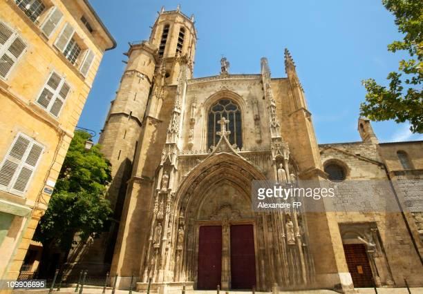 aix cathedral, cathédrale st sauveur d'aix - aix en provence stock pictures, royalty-free photos & images