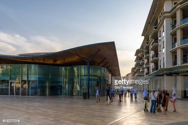 Aix en Provance, new service centre