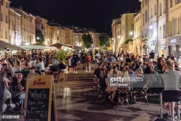 aix en provance,cardeurs square at night - aix en provence stock pictures, royalty-free photos & images