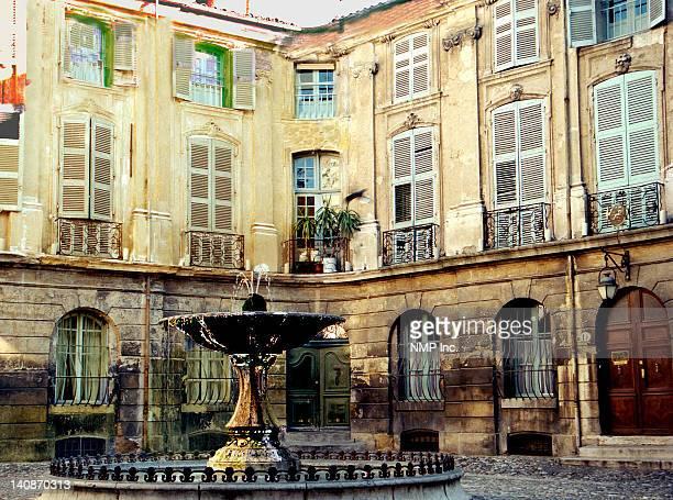 Aix en Provence Place d'Albertas