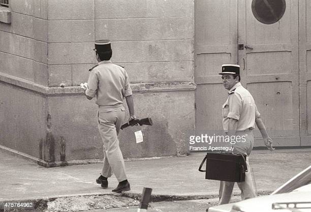 Ajaccio Corsica France 21 August 1978 Gendarmes carrying the evidence against Victor Emmanuel of Savoy then being held in a French prison on the...