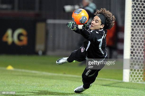 Ajaccio's Mexican goalkeeper Guillermo Ochoa practices before the French L1 football match Ajaccio against Toulouse on March 29 2014 in the Francois...