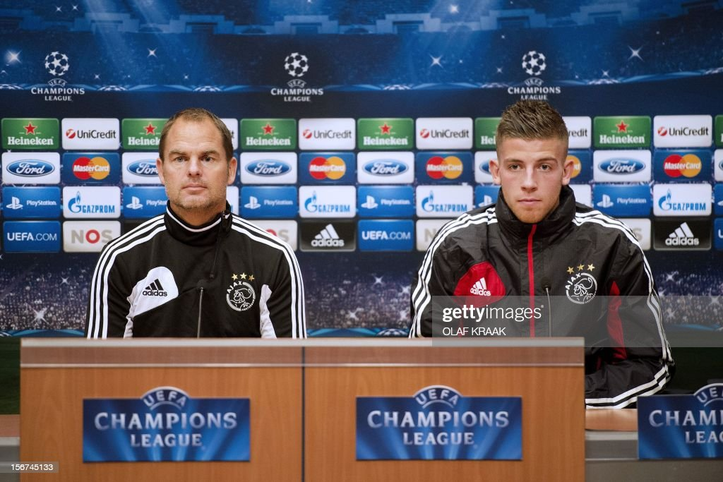 FBL-C1-AJAX AMSTERDAM-PRESS CONFERENCE : News Photo