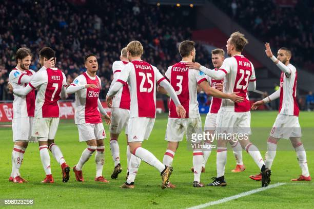 Ajax celebrate the goal of Kasper Dolberg of Ajax during the Dutch Eredivisie match between Ajax Amsterdam and Willem II Tilburg at the Amsterdam...