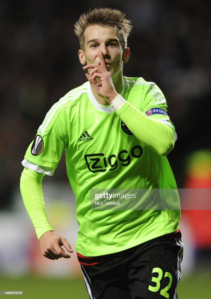 Ajax's Vaclav Cerny celebrates after scoring during a UEFA Europa League group A football match between Celtic and Ajax at Celtic park in Glasgow, Scotland on November 26, 2015. /