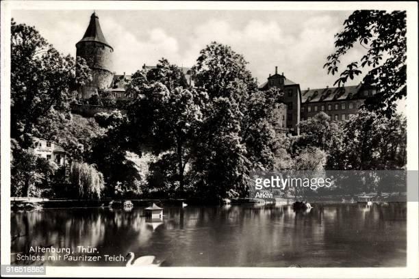 Ak Altenburg in Thüringen Blick auf das Schloss mit dem Pauritzer Teich