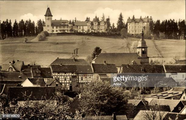 Ak Finsterbergen Friedrichroda Thüringen Blick auf den Ort Kirche Häuser