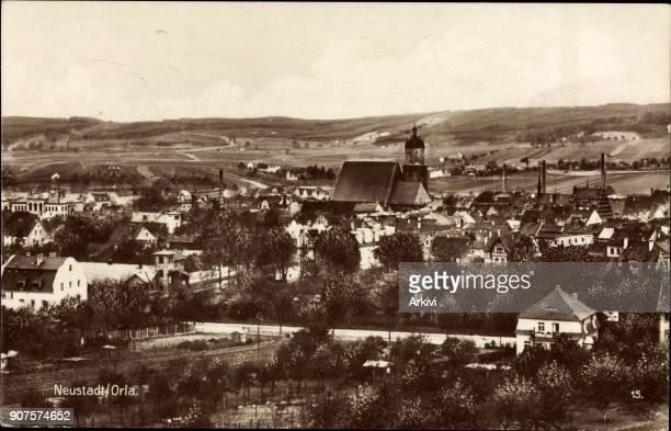 Ak Neustadt an der Orla Panorama der Stadt Kirche Hügel