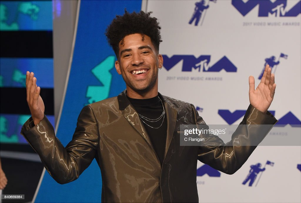 KYLE, aka Super Duper Kyle arrives at the 2017 MTV Video Music Awards at The Forum on August 27, 2017 in Inglewood, California.