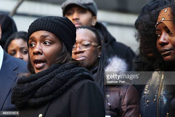Akai Gurley's partner Kimberly Ballinger speaks at a news conference following remarks by Brooklyn District Attorney Kenneth Thompson concerning the...
