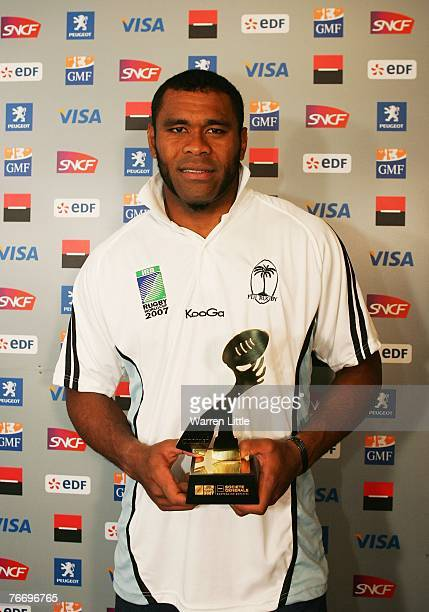 Akapusi Qera of Fiji poses with his man of the match award during the Rugby World Cup 2007 Pool B match between Japan and Fiji at Le Stade on...