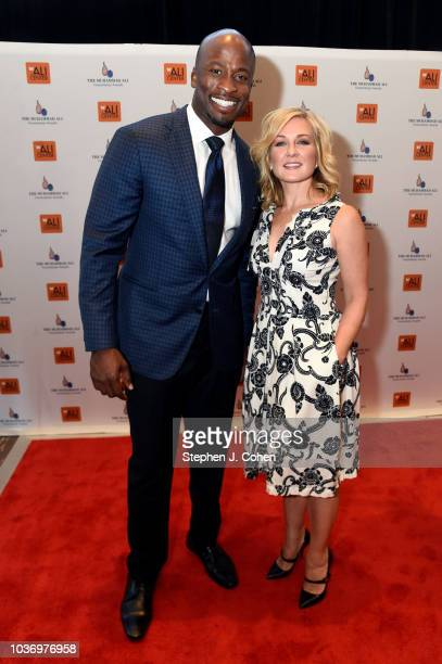 Akbar Gbajabiamila and Amy Carlson attends the 2018 Muhammad Ali Humanitarian Awards on September 20 2018 in Louisville Kentucky
