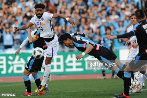 Akihiro Ienaga of Kawasaki Frontale dives for the ball during the JLeague J1 match between Kawasaki Frontale and Sanfrecce Hiroshima at Todoroki...
