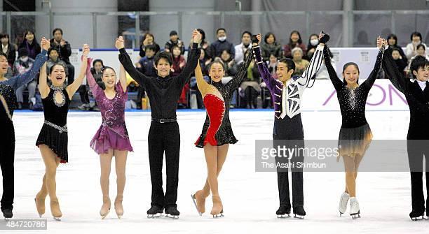 Akiko Suzuki Yukari Nakano Takahiko Kozuka Mao Asada Nobunari Oda and Miki Ando applaud after the Nagoya Figure Skate Festival on January 8 2009 in...