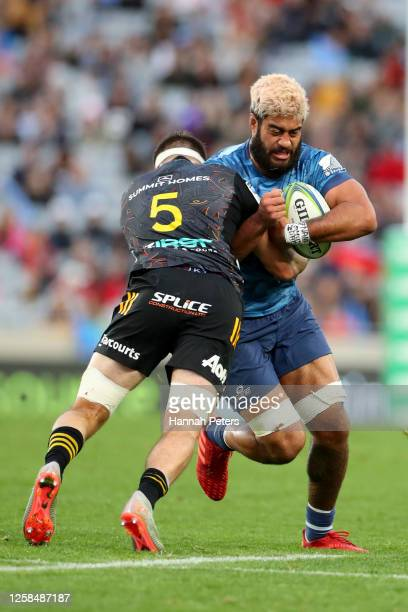 Akira Ioane of the Blues charges forward during the round 7 Super Rugby Aotearoa match between the Blues and the Chiefs at Eden Park on July 26, 2020...