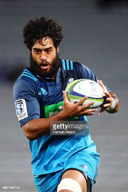 Akira Ioane of the Blues makes a break during the round 12 Super Rugby match between the Blues and the Cheetahs at Eden Park on May 12 2017 in...