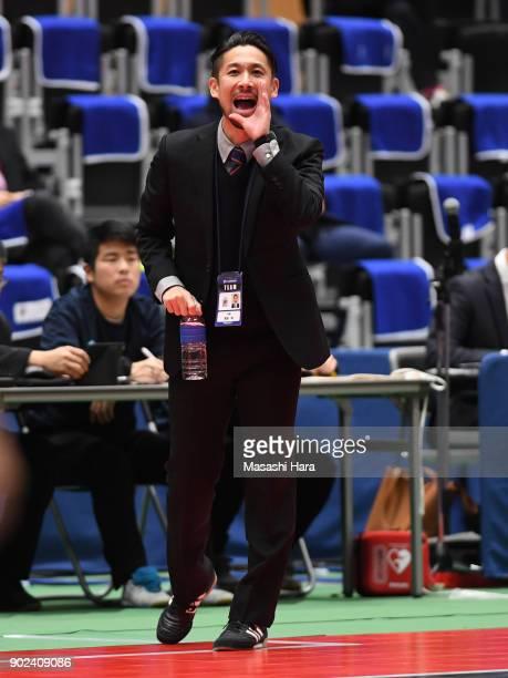 Akira Toyoshimacoach of Agleymina Hamamatsu looks on during the FLeague match between Shriker Osaka and Agleymina Hamamatsu at the Komazawa Gymnasium...