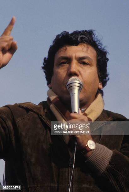Akka Ghazzi, secrétaire de la CGT de l'usine Citroen d'Aulnay, lors d'une grève le 21 février 1983 à Aulnay sous Bois, France.