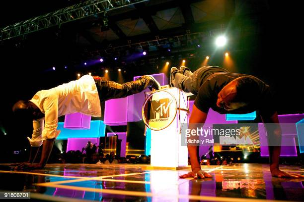 Akon and Wyclef Jean perform on stage at the MTV Africa Music Awards with Zain at the Moi International Sports Centre on October 10 2009 in Nairobi...