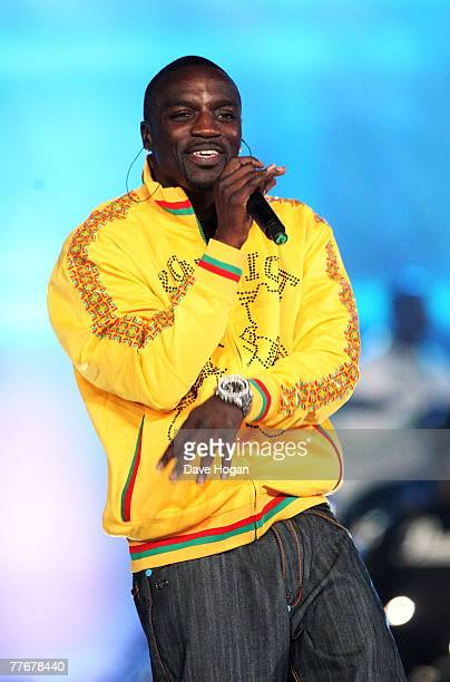 Akon performs on stage at the World Music Awards 2007 at the Monte Carlo Sporting Club on November 4, 2007 in Monte Carlo, Monaco.