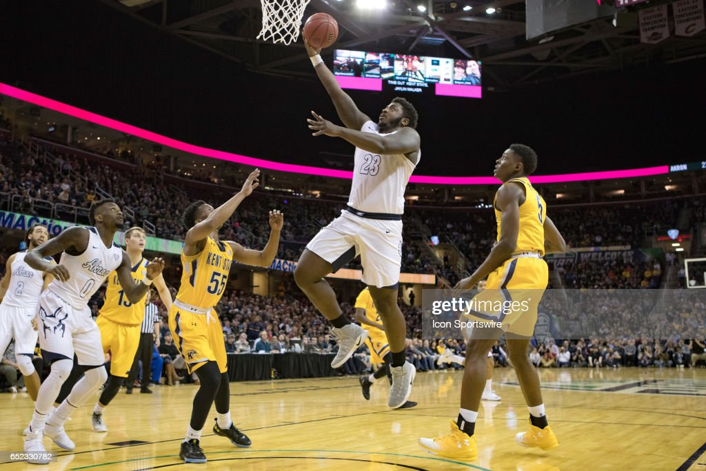 COLLEGE BASKETBALL: MAR 11 MAC Tournament - Kent State v Akron : News Photo