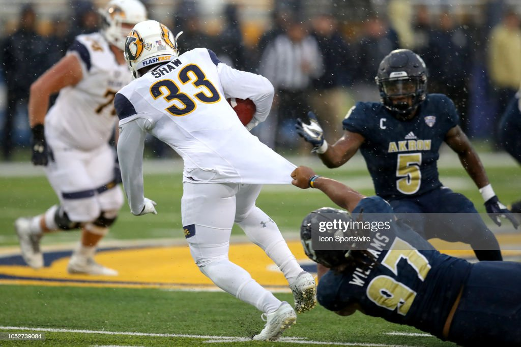low cost 1854c 56a69 Akron Zips defensive lineman Brennan Williams grabs the ...