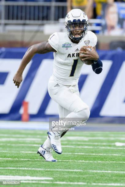 Akron Zips QB Kato Nelson in action during the MAC Championship game between Akron Zips and Toledo Rockets on December 2 2017 at Ford Field in...