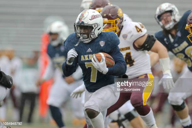 Akron Zips running back Van Edwards Jr carries the football during the fourth quarter of the college football game between the Central Michigan...