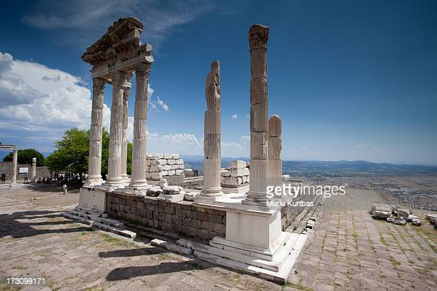 akropol - bergama stock pictures, royalty-free photos & images