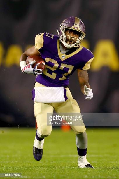 Akrum Wadley of the Atlanta Legends runs with the ball in the third quarter against the San Diego Fleet during the Alliance of American Football game...
